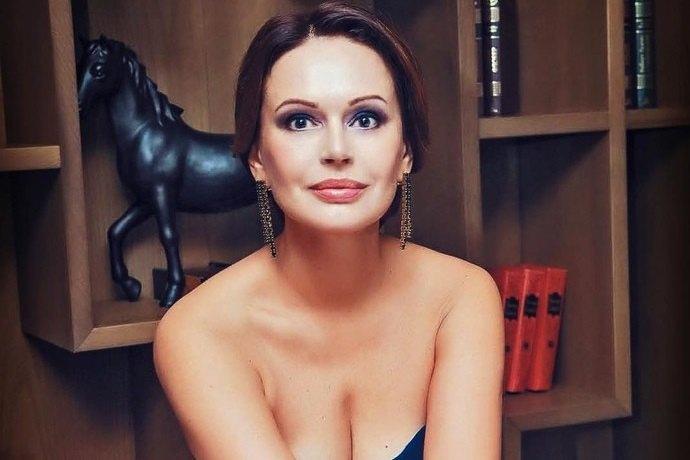 Ирина Безрукова Фото Обнаженную