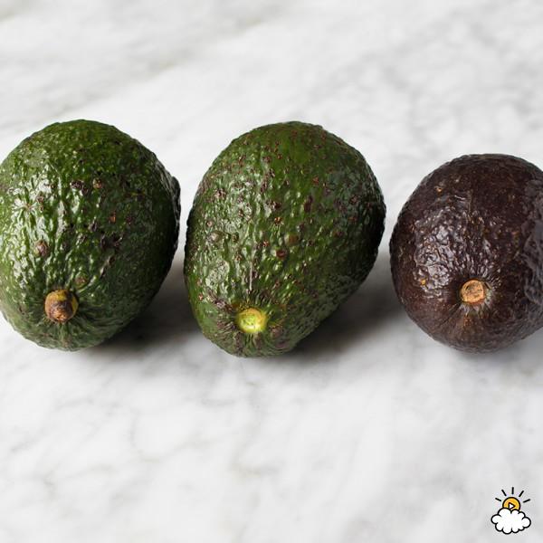 Как определить спелость авокадо? Помогаем удачно выбрать фрукт!