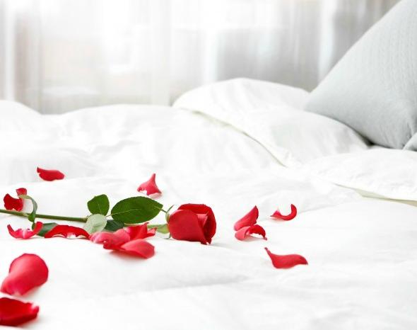 Можно ли кончать при месячных? Секс при месячных — нужно ли предохраняться