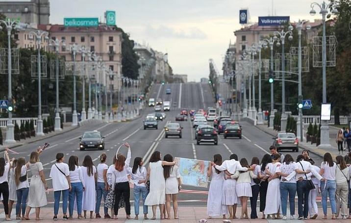 Минск, калыханка, женщины, протест