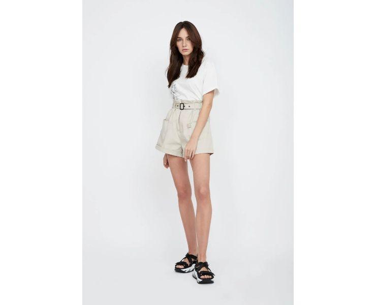 Выбираем модные шорты с высокой посадкой для этого лета