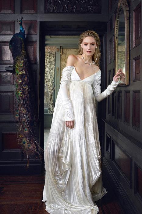 Свадебный переполох: топ-10 трендов для образа невесты