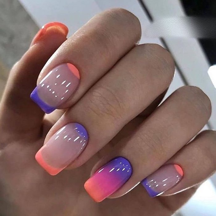 маникюр - разноцветный френч