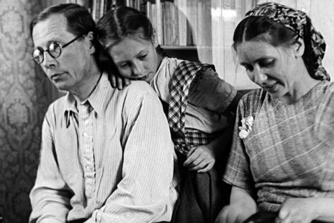 Николай Заболоцкий иего жена Екатерина Клыкова сдочерью Натальей