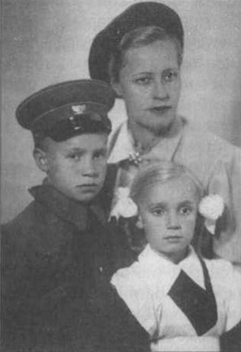 Муза Малиновская