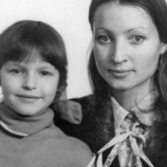 Анастасия Волочкова, Тамара Антонова