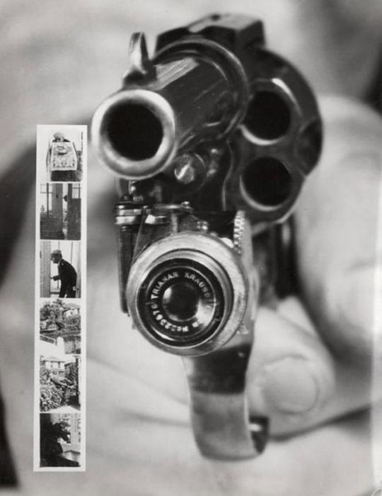 Револьвер, который фотографирует передвыстрелом