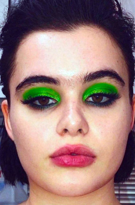Назад в 80-е: осенние тренды в макияже на примере звезд