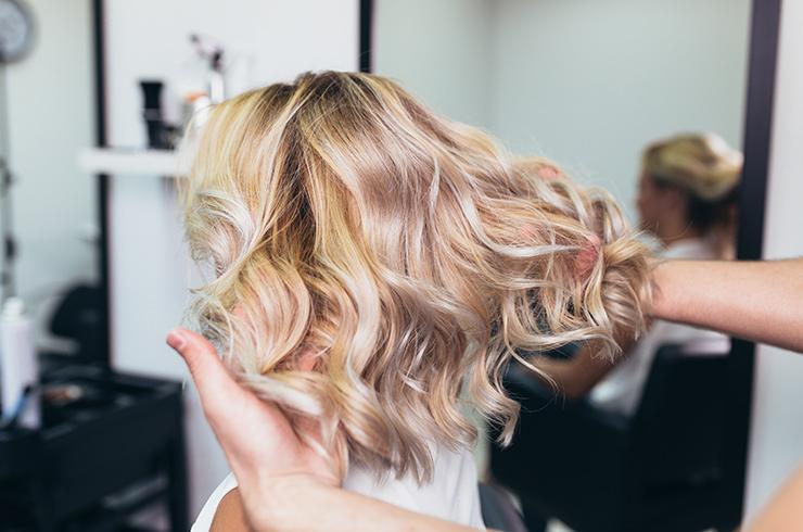 4 основные причины, почему весной выпадают волосы