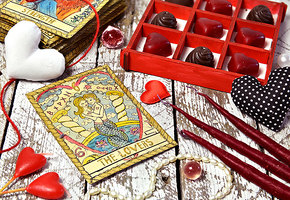 Расклад про любовь: что обещают карты Таро знакам зодиака в 2020 году