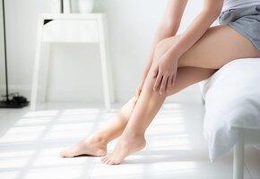 Почему происходят судороги в ногах? И что делать, если это варикоз?