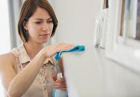 Как правильно вытирать пыль, чтобы ее стало меньше