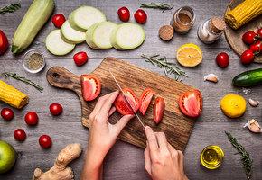 12 лайфхаков для кухни, которым учат в кулинарной школе
