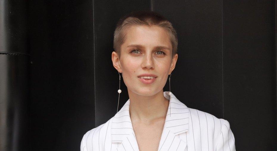 «Яркие итакие разные»: Дарья Мельникова впервые задолгое время показала фото смужем