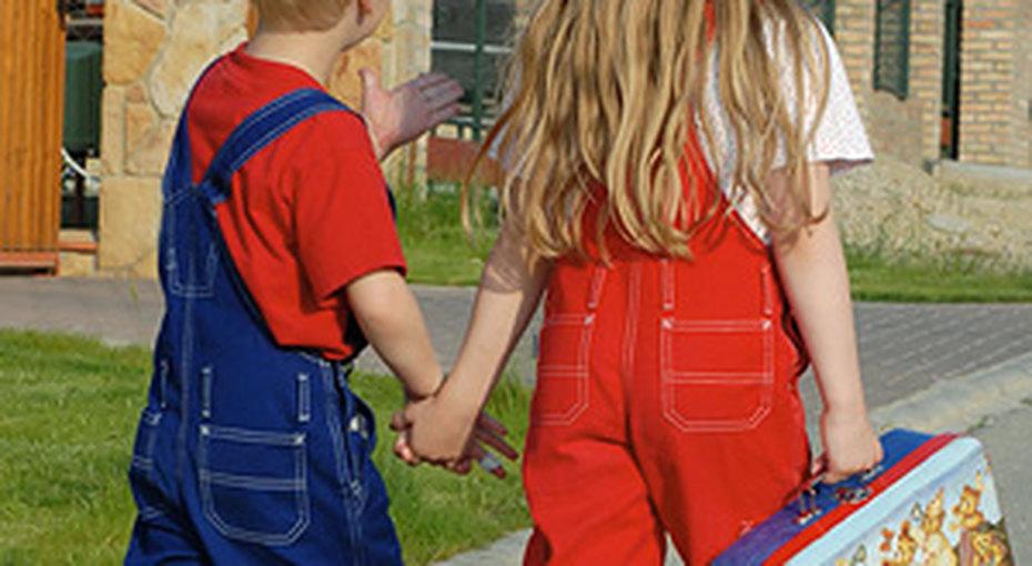 Великобритания дает взятки школьникам
