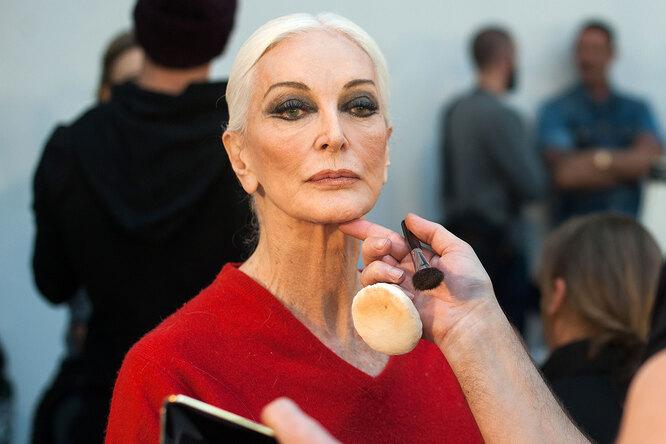 Кармен Делль'Орефиче: 89-летняя модель срекордно длинной карьерой