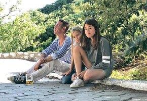 Почему старшая дочь Алексея Панина осталась с отцом: жизнь многодетного актёра