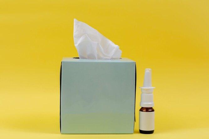 Платки и спрей для носа, как лечить насморк и кашель