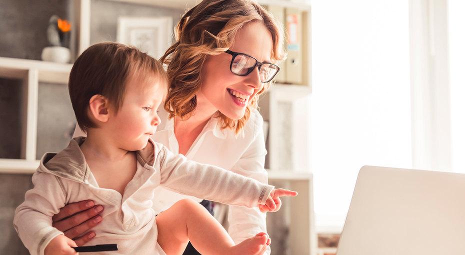 Полезный труд: дети работающих мам вырастают более счастливыми, утверждают ученые
