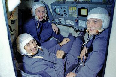 Катастрофа вкосмосе. Почему корабль приземлился удачно, а космонавты невыжили?