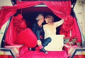 Не беременна! Ксения Собчак опровергла слухи, показав смелый танец на свадьбе
