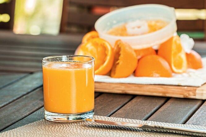 Полезен ли апельсиновый сок? 4 повода сказать: «Да»