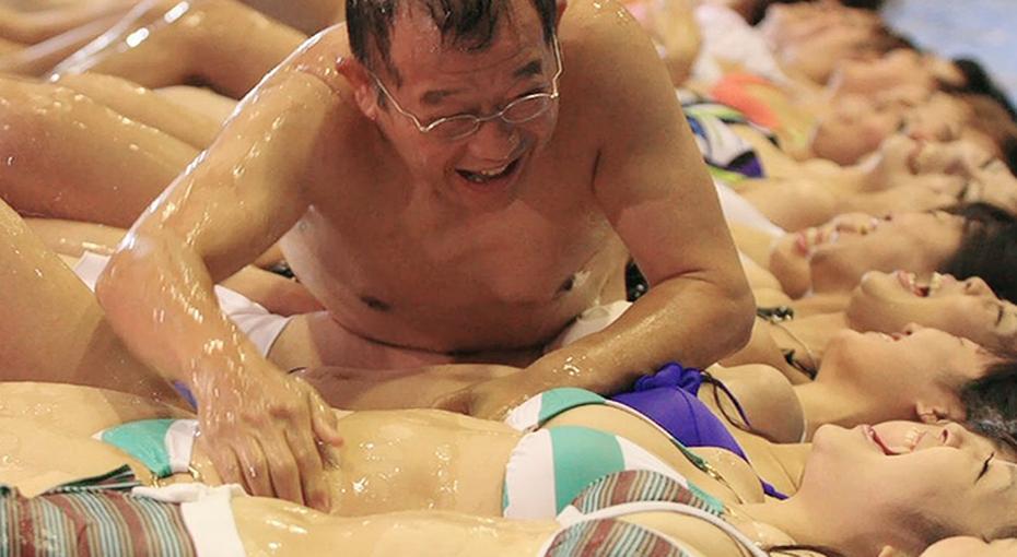 Извращение или развлечение? Самые странные японские шоу на тему секса