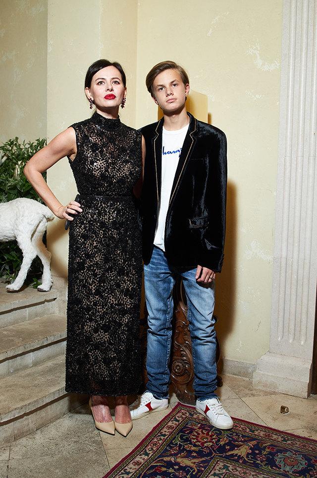Оксана Лаврентьева с сыном