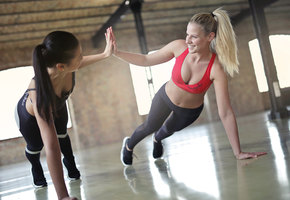 Физические тренировки могут сделать нас моложе — доказано наукой