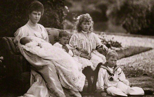 Принц Джон. Биография младшего сына короля Георга V