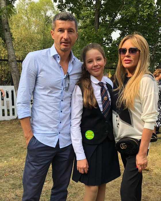Евгений Алдонин, Вера Алдонина, Юлия Началова