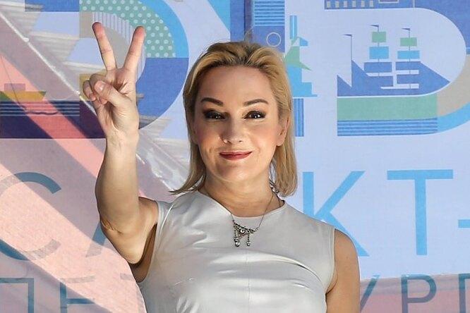 Татьяна Буланова пожаловалась Елене Малышевой напамять