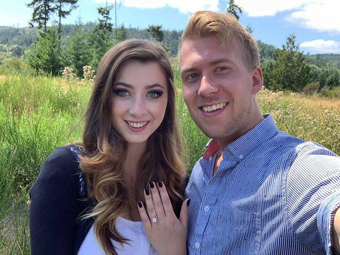 Брейден сделал Лауре предложение, ион ответила «Да!»…снова.