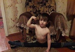 5-летний мальчик из Чечни установил мировой рекорд по количеству отжиманий