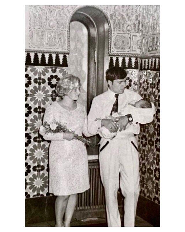 Ева Польна с родителями (архивное фото)
