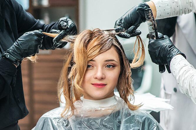 Как правильно красить волосы, чтобы несжечь их