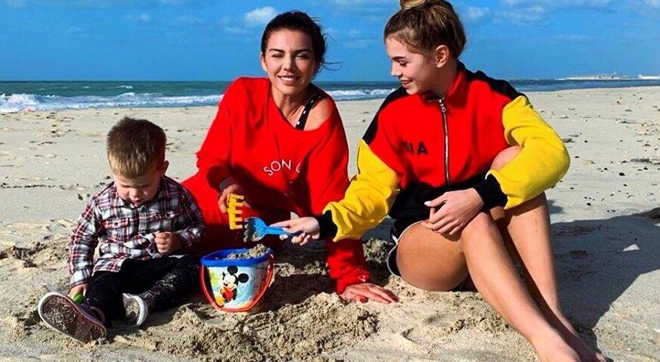 «Построить бизнес-империю легче»: Анна Седокова пожаловалась натрудности материнства