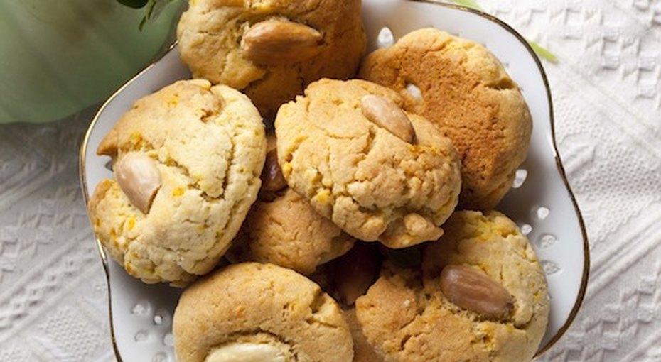 Миндальное печенье сапельсином. Видео рецепт
