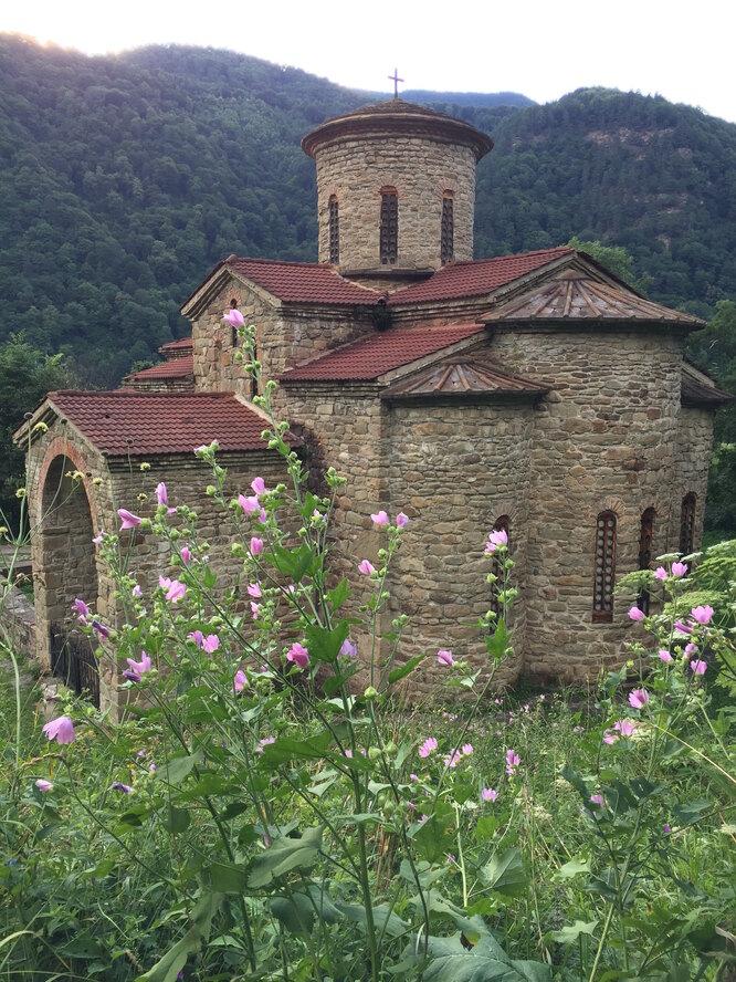Северный храм в Архызе