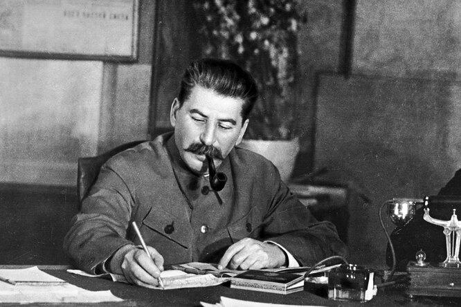 Что стало скурсантом, который привсех ударил Сталина