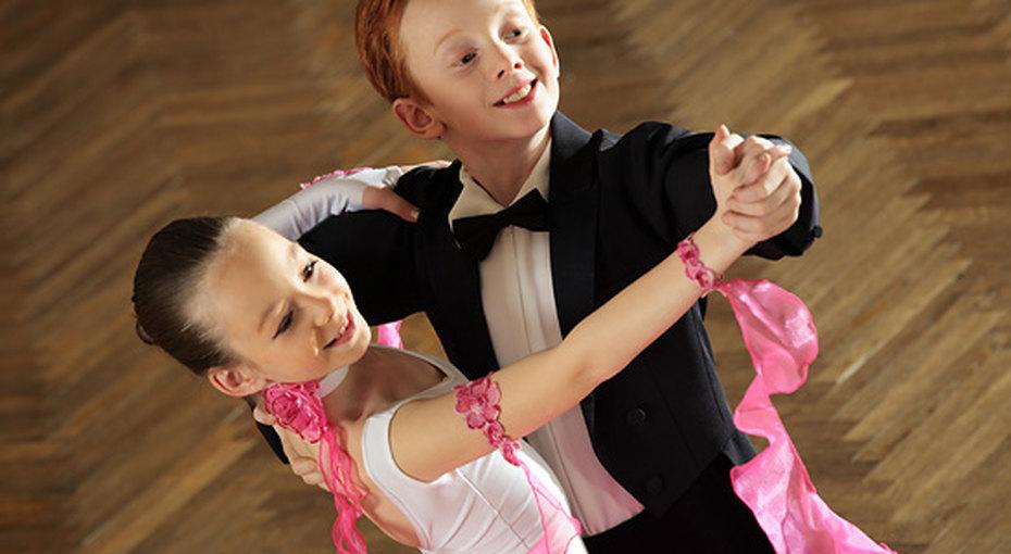 Шоу «Танцы со звездами»