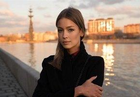 «Безумно добрые глаза»: Евгения Лоза выложила фото с мамой