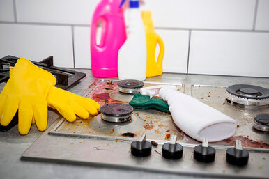 Как отмыть очень грязную плиту за15 минут: проверенные способы