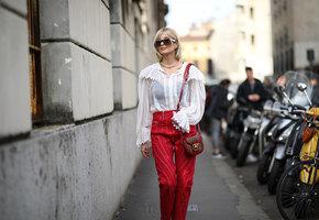 Цветные джинсы – тренд сезона: где купить дерзкие красные и нежные пастельные?