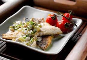 Рецепты звёзд: рыбу с овощами готовит Светлана Ходченкова