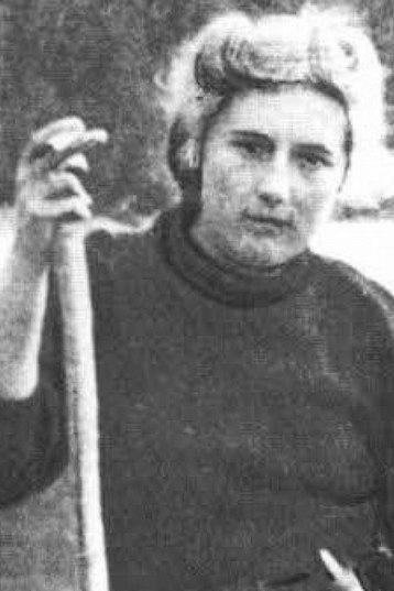 Лариса Попугаева