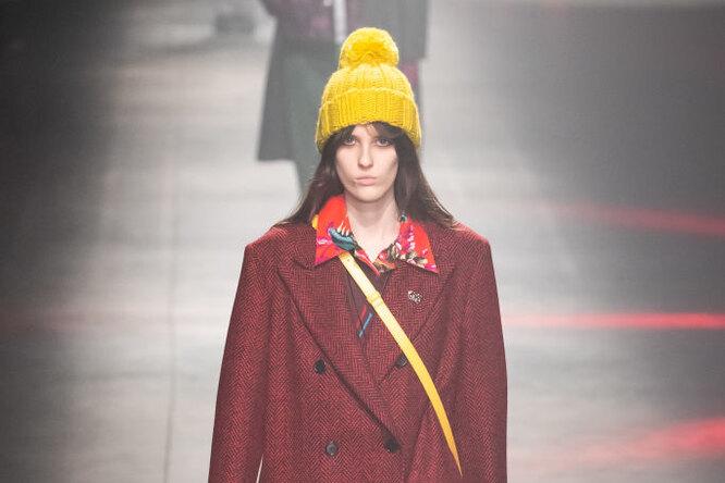 Какую шапку носить этой зимой: самые трендовые итеплые варианты