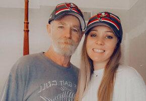 «Не папа, а муж»: 29-летняя женщина год скрывала отношения с 59-летним мужчиной