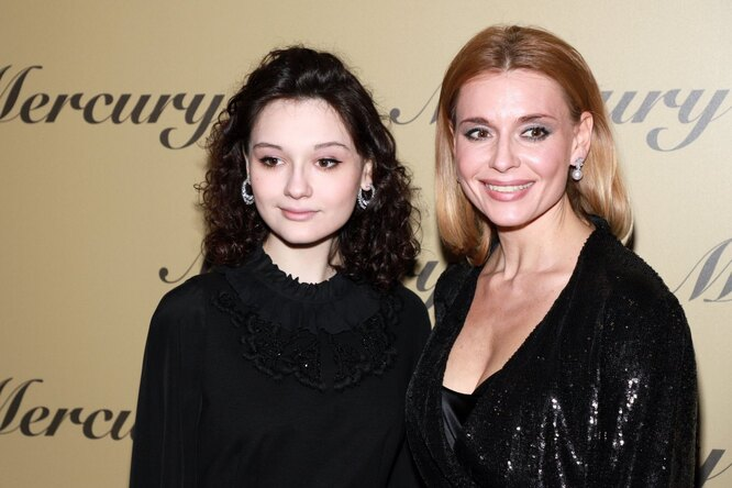 Мария Кончаловская и Любовь Толкалина фото