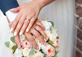 Все в белом: 20 лет супружества — «фарфоровая свадьба», как ее отмечать